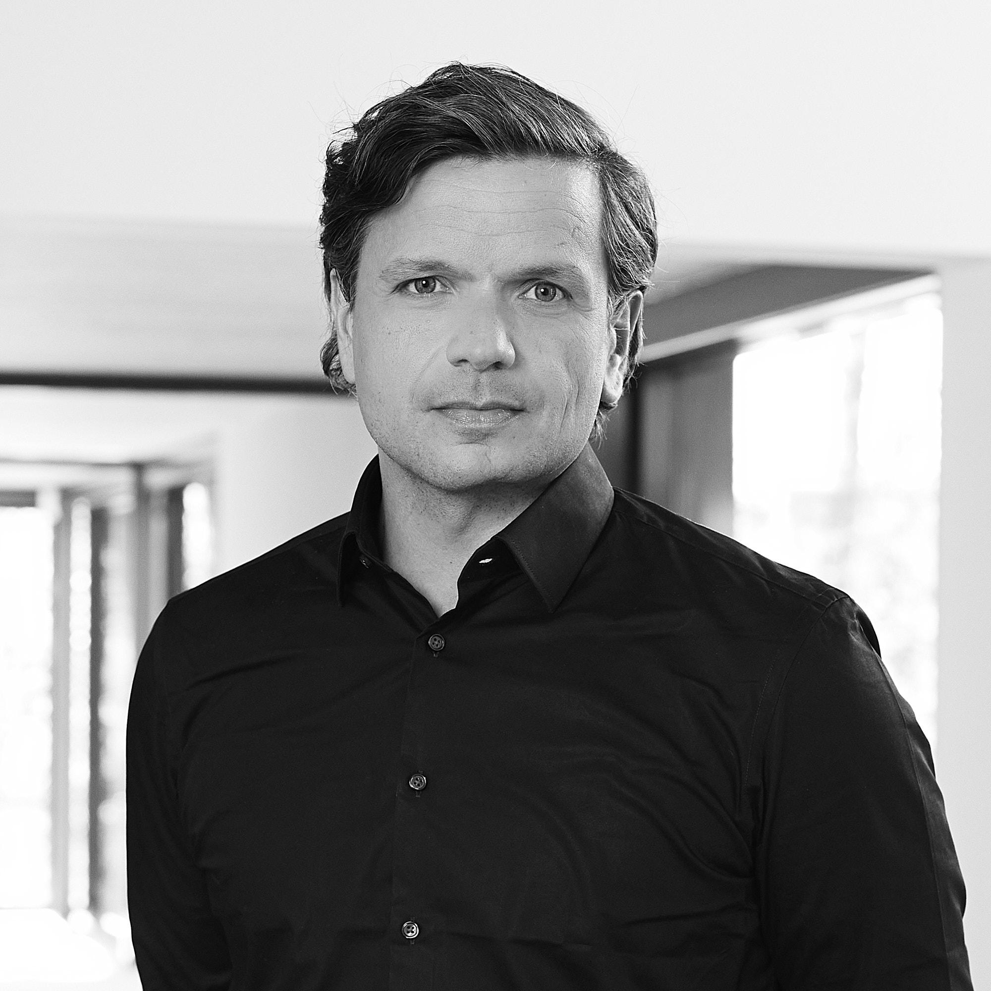 Dr. Zeljko Branovic